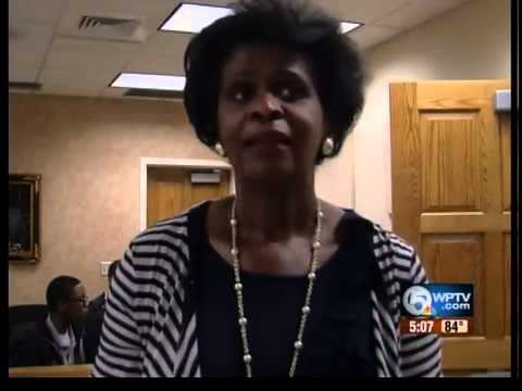 Top legal scholar brings inspiration to high school students 2
