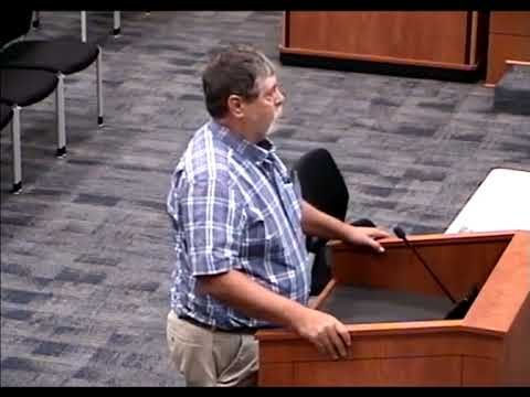 Texas man confronts alleged bully —the school board superintendent 2