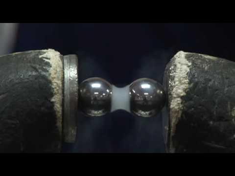 Liquid Nitrogen vs. Liquid Oxygen: Magnetism 2