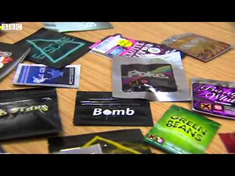 Government 'chasing chemists on legal highs' 2